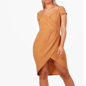 Dresses & Skirts - Toffee wrap off shoulder dress